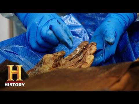 Alcatraz: Search for the Truth: Alfred Anglin's Autopsy | History