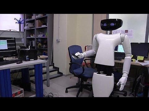 """Italia crea el robot """"mayordomo"""""""