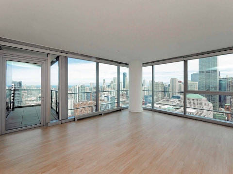 Tour a high-floor River North 2-bedroom, 2-bath at Wolf Point West