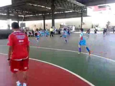 Superliiga de Futsal Rio 2013[categoria sub 11]Atletas entram em quadra para aquecimento