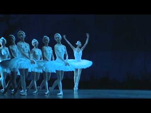 Swan Lake Odette Variation (UENO Mizuka) - YouTube.flv