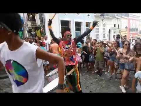ההכנות לקרנבל בסלבדור דה באייה. צילום: תמר מצפי