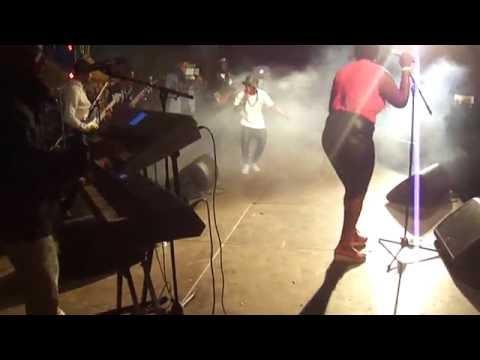 Mentis Kriolu - Video Cidade Tarrafal Santo Amaro