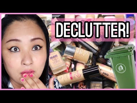 (MAKEUP DECLUTTER | Things I Just DONT ... 10 minutes.)