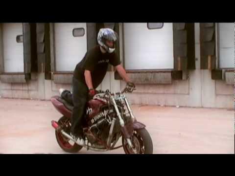 How To Stunt - The Slow Wheelie