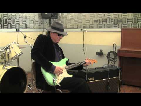 Gary Lucas doing a TonePrint for TC Electronic's Hall Of Fame Reverb pedal.