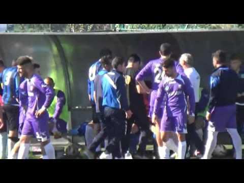 Casamicciola- Chiaiano, calcio all'arbitro dopo l'espulsione, partita sospesa