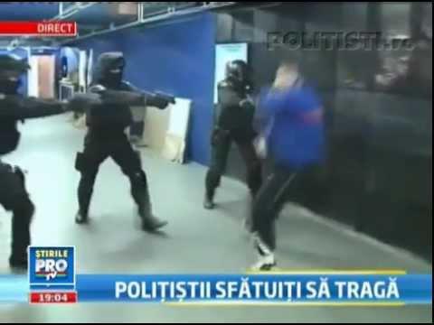 Şeful poliţiei îndeamnă poliţiştii să folosească armamentul.