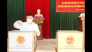 Bí thư Thành ủy Nghiêm Xuân Cường dự khai mạc bầu cử tại khu vực bỏ phiếu số 02, phường Thanh Sơn