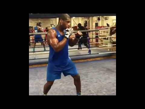 Daniel Dubois UK Heavyweight Propsect Combos And Footwork!!