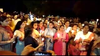 Video #JusticeForAsifa huge candle march rally at India Gate led by Congress President Rahul Gandhi MP3, 3GP, MP4, WEBM, AVI, FLV Maret 2019