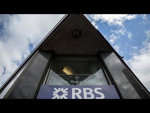 Η Βρετανία πούλησε το 7,7% της Τράπεζας της Σκωτίας