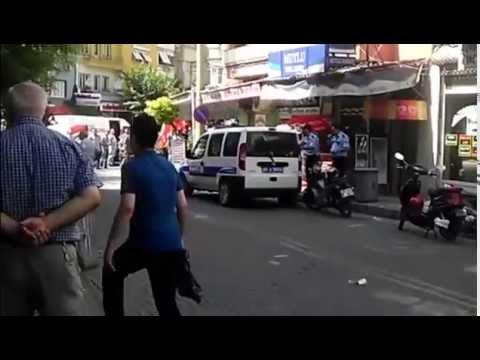 Akhisar'da Polis Havaya Ateş Etti