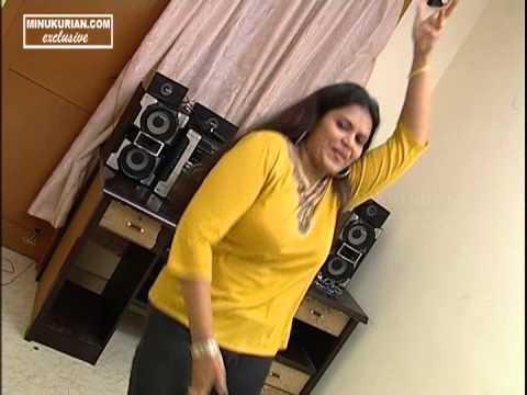 Malayalam Actress, Minu Kurian's hot dance