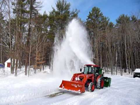 Kubota L4240 with Pronovost 740 snowblower