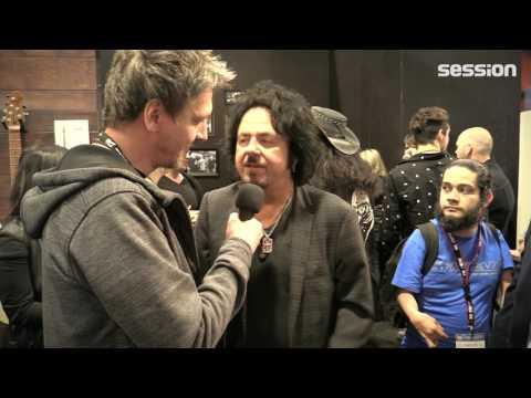 NAMM 2017:  Steve Lukather über MusicMan E-Gitarren und seine aktuellen Projekte