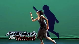 Gorgeous Projection Dance On America's Got Talent - Absolute Amazing!