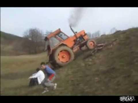 Offroad traktorem ;)