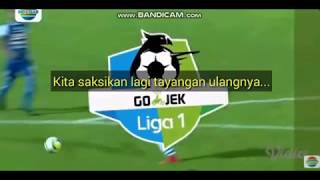 Video 2 kontroversi wasit di laga Arema vs Persib Liga 1 Gojek Indonesia 2018 MP3, 3GP, MP4, WEBM, AVI, FLV Juni 2018