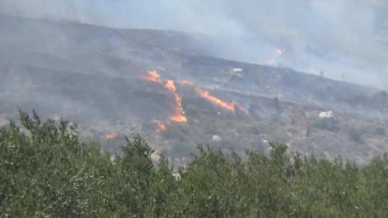 Mεγάλη πυρκαγιά στην περιοχή Αχλάδια Σητείας στην Κρήτη
