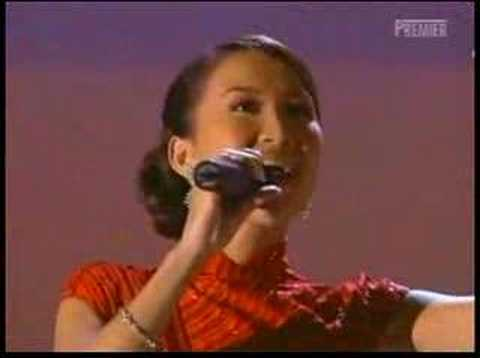 Sexy COCO Lee  Performed In Oscar In 2001