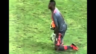 Parte final do jogo de volta entre FlaxCru pelas oitavas-de-final da Copa do Brasil.. Mostra o Gol, a comemoração dos jogadores...