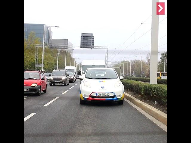 Sprawdziliśmy, jak działa Miejska Wypożyczalnia Samochodó Elektrycznych Vozilla