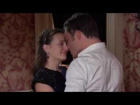 "Gossip Girl 6x10 - Chuck asks Blair to marry him ""Blair Cornelia Waldorf will you marry me"""