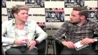 "Niall le dice ""Hijo de Put*a"" a Liam."