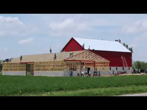 Timelapse Video Of An Amish Barn Raising