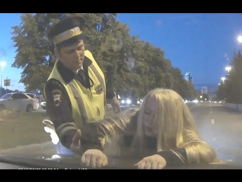Безбашенные женщины - девы дорог. Подборка историй на дорогах
