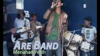 Download Lagu Are Band   Menahan Perih Mp3