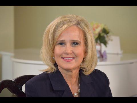 Leading Lady Renee Clark