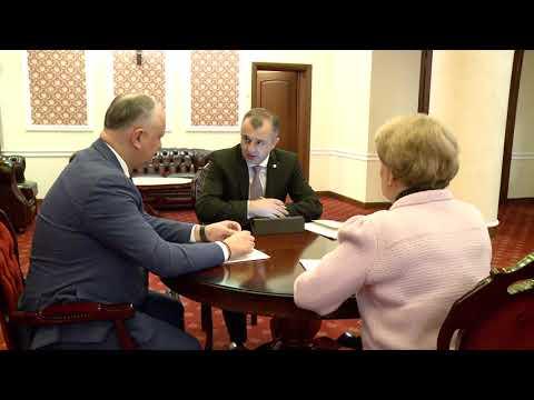 Igor Dodon, Zinaida Greceanîi și Ion Chicu au desfășurat ședința săptămînală