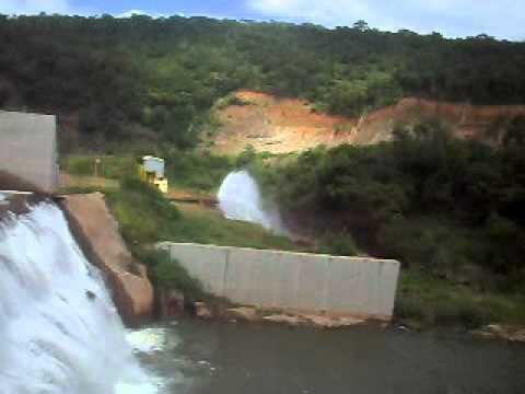 Cris e Valéria na Barragem de Jenipapo de Minas / Jan 2012
