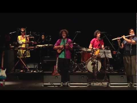 "Graveola - ""Desdenha"" (ao vivo no Palácio das Artes)"