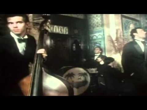 Tekst piosenki The Stranglers - Golden Brown po polsku