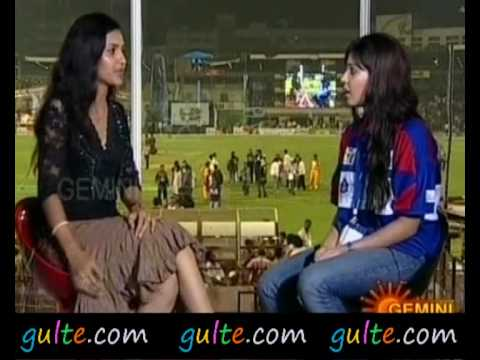 Gulte.com - Samantha Interview At T20 Tollywood Trophy