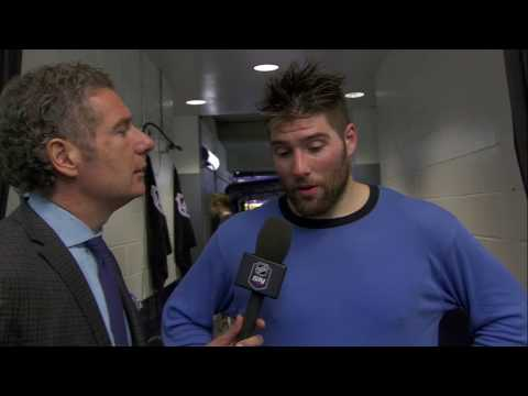 Patrick Maroon's reaction to seeing his son cheering in the audience after scoring a goal in his hometown