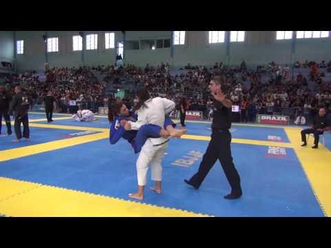 Claudia Fernanda X Juliana Teixeira / FLORIPA FALL INTERNATIONAL OPEN JIU-JITSU 2017/ Final (видео)