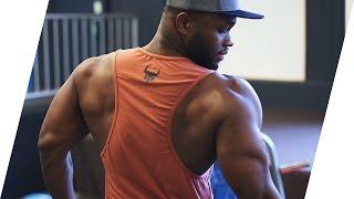 So baust du einen massiven und detailreichen Rücken auf. Trainingspläne, Ernährungspläne, Personal Training uvm. findest...