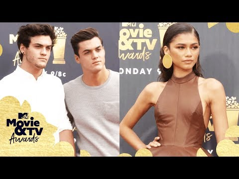 ALL the Red Carpet Looks ft. Zendaya, The Dolan Twins & More 📸 | 2018 MTV Movie & TV Awards