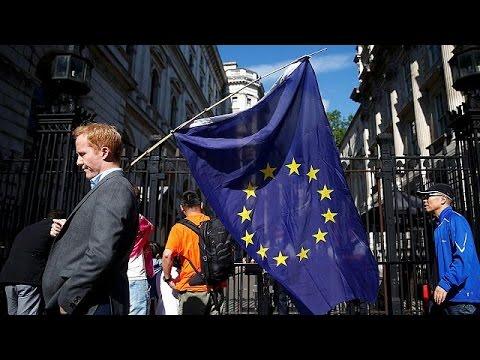 Λονδίνο: Σοκ αλλά και τάσεις …ανεξαρτητοποίησης μετά το Brexit