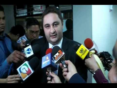 """Video. """"Entrega de papelería 2o antejuicio contra Fiscal General"""" (21 mar 2014)"""