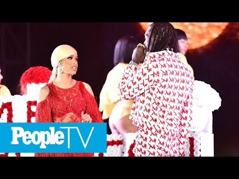 Offset Crashes Cardi B's Set To Beg For Her Back — And She Kicks Him Off The Stage | PeopleTV
