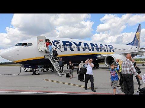 Ryanair: Πουλάει το μερίδιό της στην Aer Lingus και μειώνει τις τιμές από και προς Ελλάδα – economy