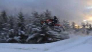 3. Arctic Cat F8 2007 Tony Stewart Edition Jumping