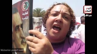 مواطنون أمام ضريح عبد الناصر في ذكري ثورة يوليو
