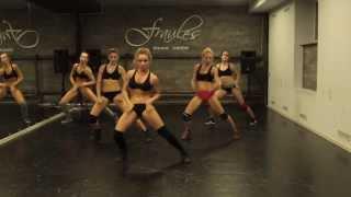 white girls twerking