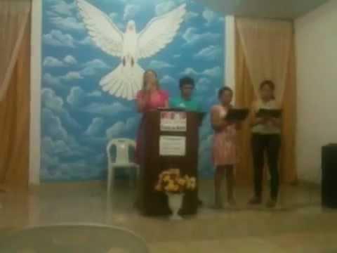 Nadiane e grupo de louvor - Igreja Mãe do Rio